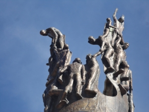 Ed Dwight sculpture